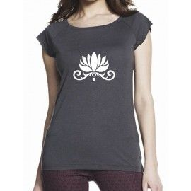 Camiseta yoga ecológica Pushpa azul denim.